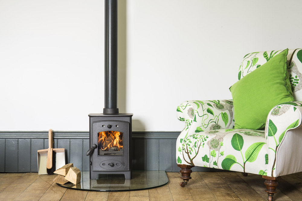 Small domestic wood burning stove